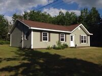 Small Bungalo on country lot for rent