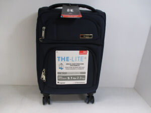 IT Luggage 21in 8-Wheel Spin Carry-on Luggage -BRAND NEW