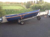15 ft fulmar boat fiberglass on comby trailer