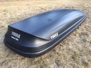 Thule Ascent 1700 Roof Box