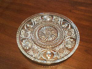 Crystal Pinwheel footed cake plate