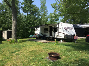 Roulotte Gulfstream 28 pieds/ camping Champlain