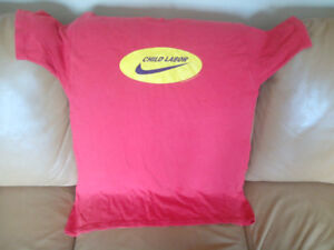 T Shirt Nike Logo Child Labor XL