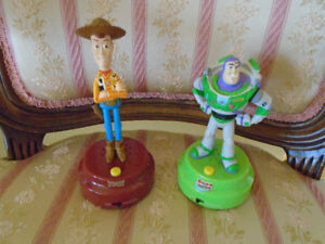 Buzz Lightyear + Woody  histoire de jouet parlant anglais