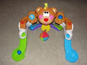 Fisher Price Baby Bear Kickin' Bobbin' Gym London Ontario image 2