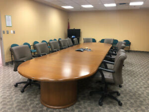 Awesome Boardroom Table Buy Or Sell Tables In Ontario Kijiji Interior Design Ideas Oteneahmetsinanyavuzinfo