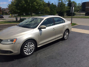 2012 Jetta HIGHLINE 4cylinder Push Start Multimedia Package!