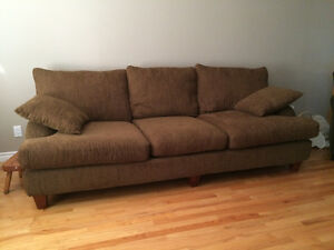 Couch corduroy buy and sell furniture in ontario for Brown corduroy couch