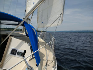 1982 O'Day28 sailboat in excellent condition