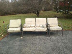 Patio furniture seating set - PPU this weekend (16/17th)
