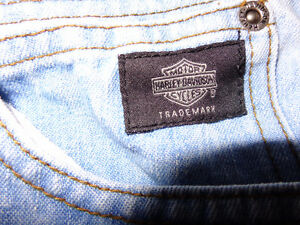 Harley ladies jeans in size 4- recycledgear.ca Kawartha Lakes Peterborough Area image 3