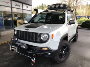 Jeep Trailhawk 2017 fully loaded with off-road accessories