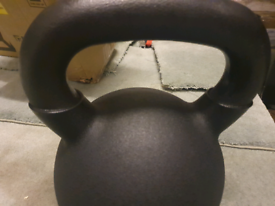 1 x 32 kg kettlebell Soft Touch Cast Iron, brand new in box