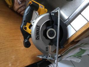 DeWalt Rechargeable circular saw