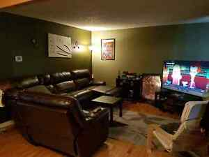 Central Location, Pet Friendly, Huge Yard!!