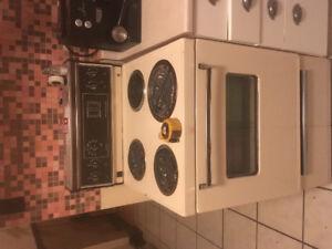 Fridge & or stove $100 nego