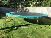 Trampoline 14 foot