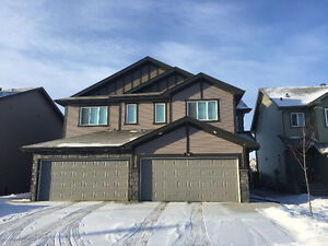 2 Car Garage Duplex for Rent in Windermere - Lots of Sunshine