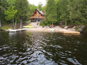 Bearhead Lodge Muskoka area, sleeps 20