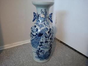 2 Vases China 1800s certs as well