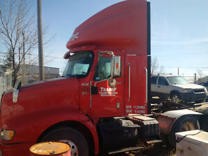 2002 International 9100  *Fully Serviced-New Tires*
