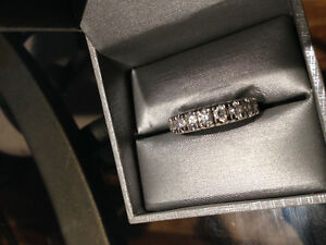 14kt 9 Diamond Ring ($6000 appraisal)