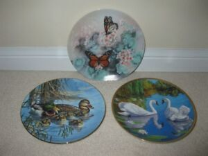 "3 collector plates ""Monarch Butterflies, Swan & Family Outing"""