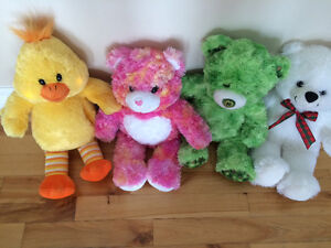 Teddy Bears (Build-A-Bears)