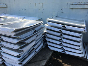 Variety of 4ft fluorescent tube fixtures
