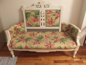 Flower Couch Love-Seat Vintage
