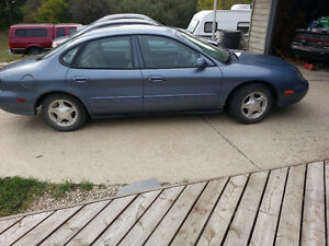 1999 Ford Taurus Sedan - Great Winter Car!!