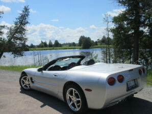 '03 Silver Beauty Corvette Convertible w/ Stick. End of season p
