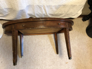 Coffee table with Inlaid leather