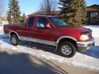 2002 Ford F-150 XLT Supercab 7700 Series Pickup Truck