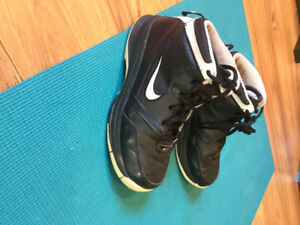 Youth Nike Basketball Sneakers - Size 4.5