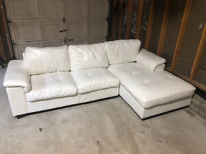 Excellent Condition Sectional Couch
