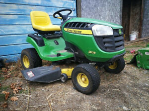 Riding Lawnmower Reduced from $1850!! Now $1775 OBO
