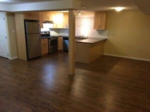 RENOVATED 2 BEDROOM plus DEN near Whyte Ave/Bonnie Doon Mall