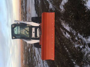 Skid steer hydraulic snow plow attachment
