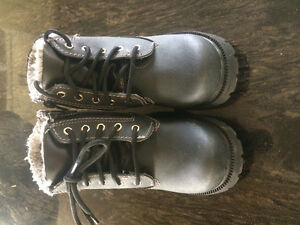 Waterproof Toddler Black Boots Size 9