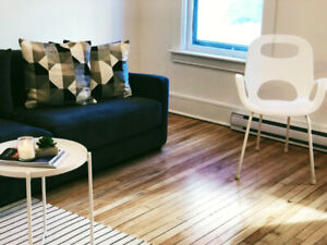 Upscale Uptown Apartment > One Bedroom Furnished