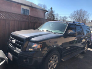 2007 Ford Expedition max extended length 180,000 kms.