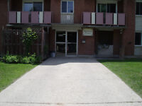 2 Bedroom apartment - East Side of Owen Sound