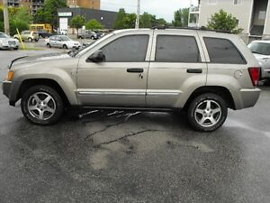 2005 JEEP GR.CHEROKEE  V8  4X4  LEATHER  SUPER CLEAN 4X4