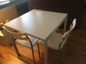 IKEA white table (75cmx75cm) and 2 white chairs
