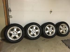 Roues et pneus d'hiver 205-60-16