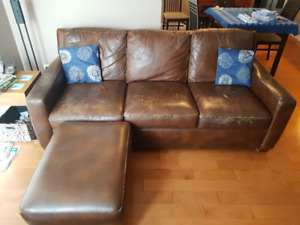 "82"" leather sofa and ottoman by Elite Leather"