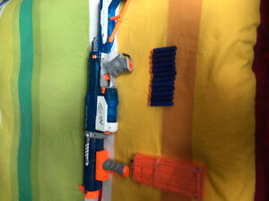 "Nerf Elite ""Retaliator"" Ice Edition"
