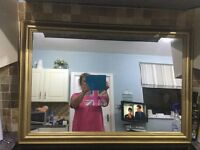 Lovely bevelled edge mirror in excellent condition.