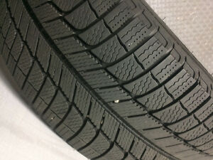 4 SNOW TIRES - MICHELIN X-ICE Xi3 - 245/45/18 North Shore Greater Vancouver Area image 2